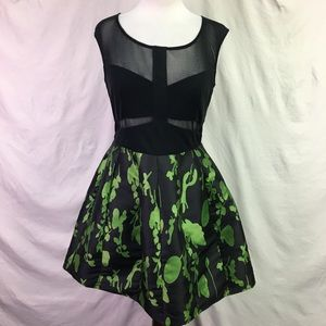 Ark & Co Black and Green Fit and Flare Dress Sz L